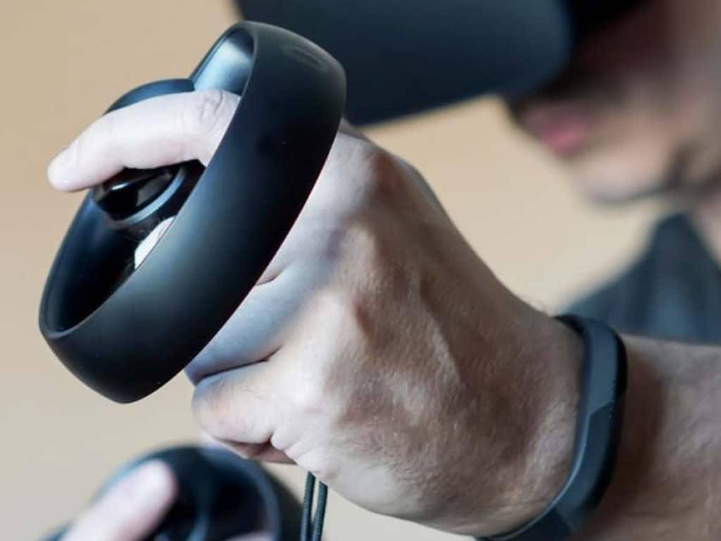 Manettes réalité virtuelle